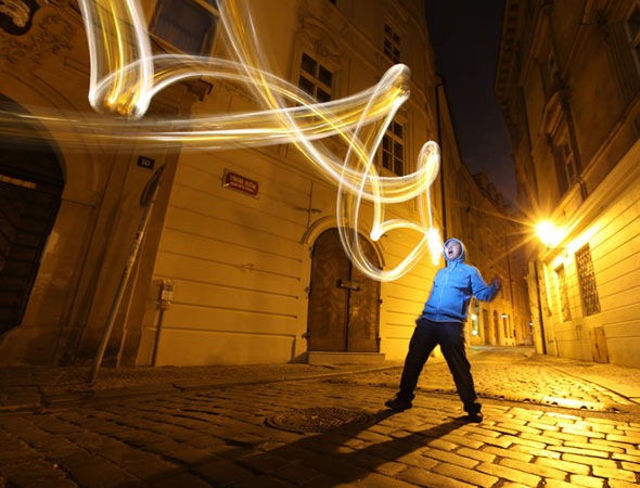 mochipet thumb 30 Awesome Examples Of Light Graffiti