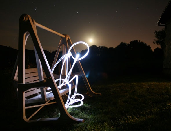 onchair 30 Awesome Examples Of Light Graffiti