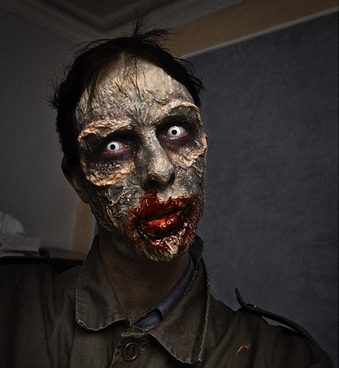 selfportait 20 Of The Most Terrifying Halloween Zombie Portraits