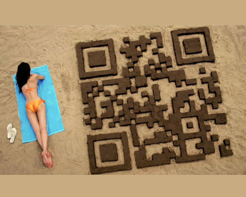 beachqrcode 25 Smart And Creative Ways To Implement QR Codes