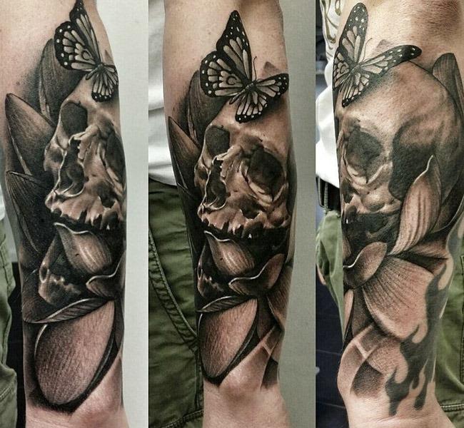 skull tatto 35 Mind blowing realistic tattoo designs