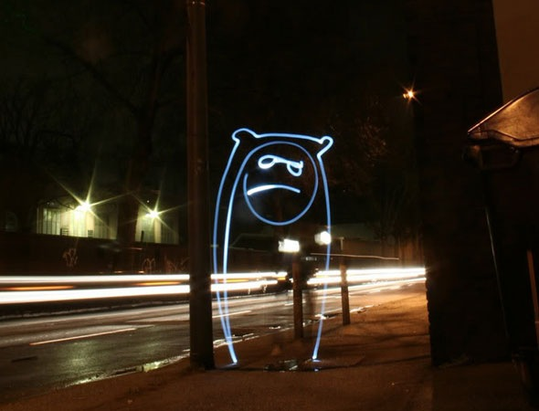 alone thumb 30 Awesome Examples Of Light Graffiti