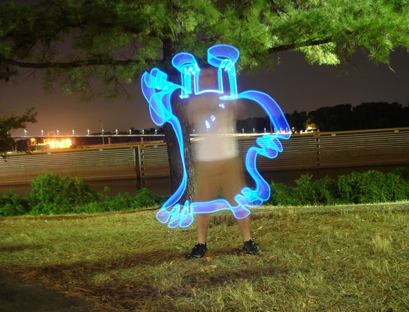 monsters thumb 30 Awesome Examples Of Light Graffiti