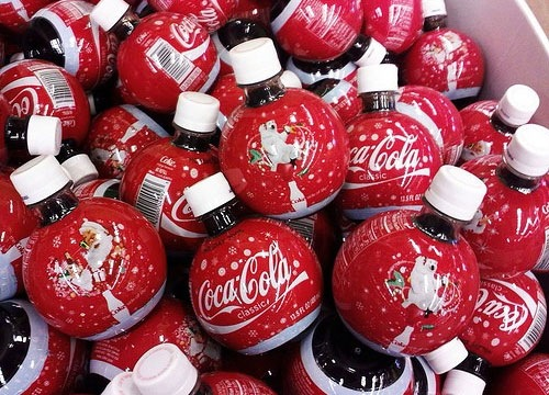 cokebottles 30 Clever And Creative Package Designs